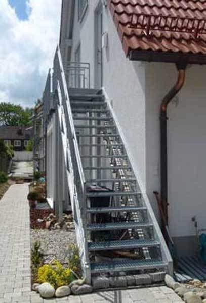 Металлические лестницы в Самаре и Тольятти - изготовление на заказ